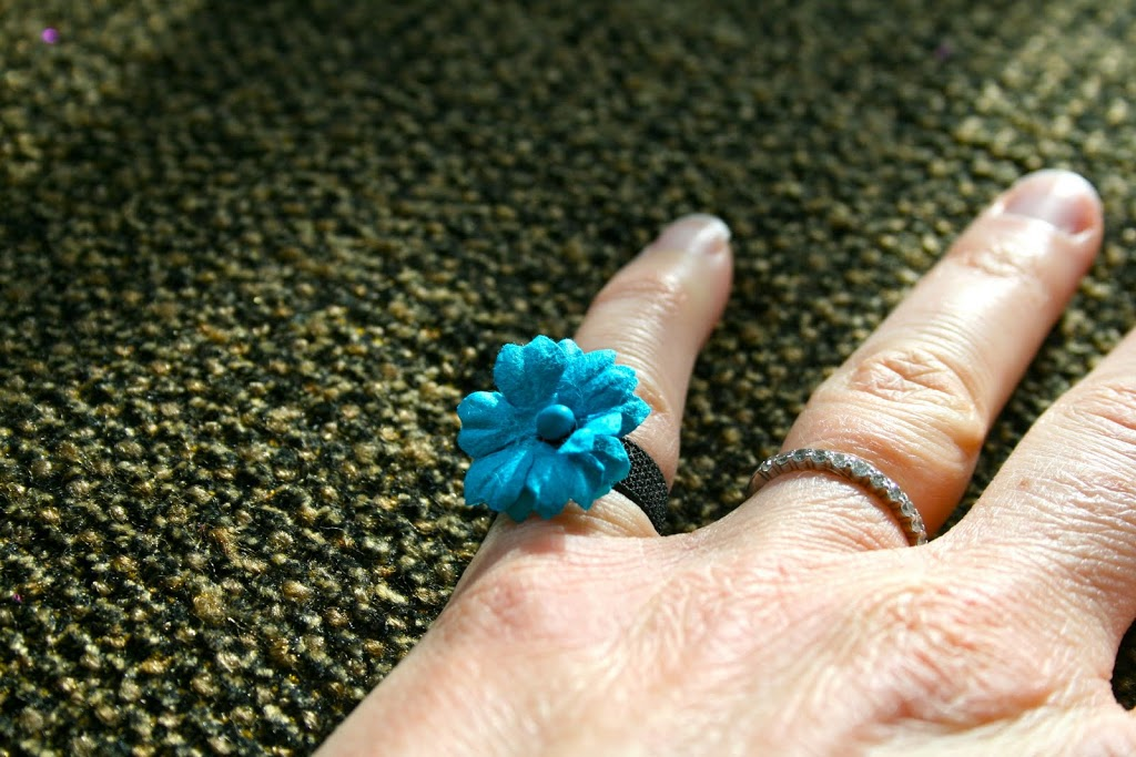 thank you and a flower power ring